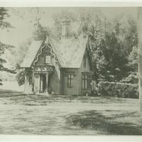 gardeners cottage.jpg