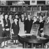 Eleanor_Roosevelt,_Isadore_Lubin,_and_The_Women's_Trade_Union_League_in_New_York_City_-_NARA_-_195445.jpg